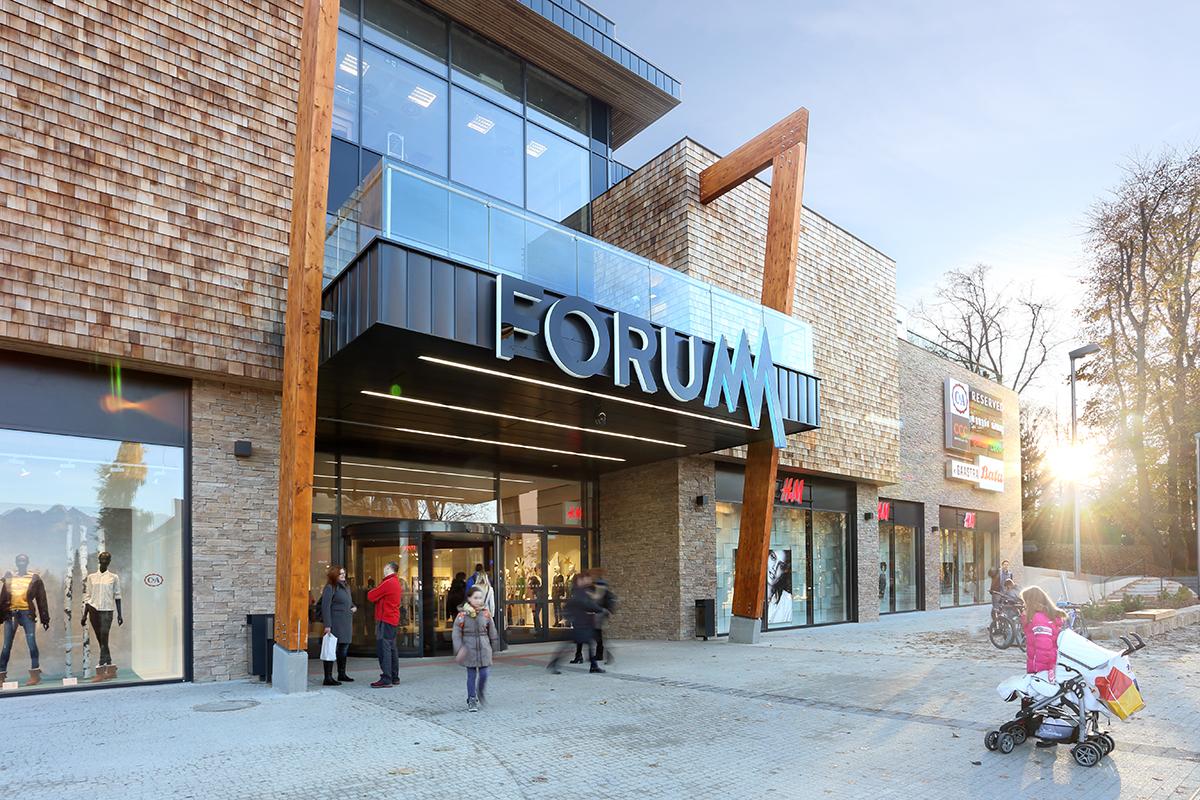 OC Forum Poprad_foto profi_01 (B-13-172-000)
